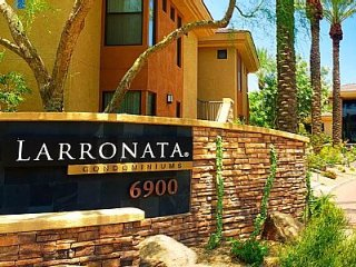 Newly Renovated Beautiful 2BR Phoenix / North Scottsdale Resort-Like Condo