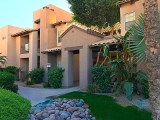 Newly Renovated 1BR Condo in beautiful North Scottsdale!