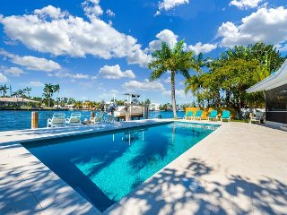 Walk to Ft. Lauderdale Beach, Soak Up Sunsets on the Dock in Dolphin Isles, Fort Lauderdale