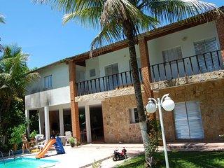 Casa 5 Quartos - Condominio Fechado - Lazer completo a 200 Mts da Praia