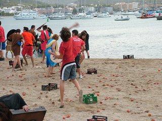 No need car or taxi Villa Bergantin nr.Ocean Beach Club walking to Cafe del Mar, Sant Antoni de Portmany