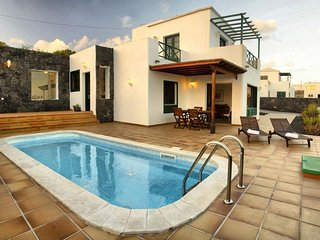 Villa Tierra y Mar Conil Lanzarote with Pool YH, Tias