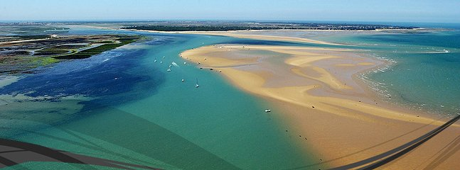 Ile de Re with its legendary beaches & views to die for. A slice of the Caribbean 10mins away by car