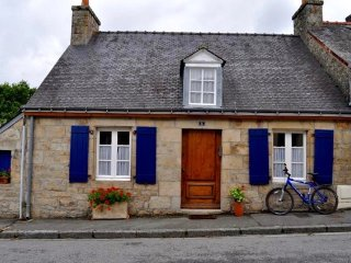 Southern Brittany - Utterly Charming Cottage - up to 6 Guests!, Guemene-sur-Scorff
