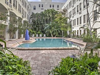 NEW! Historic Palm Beach Studio - Steps to Beach!