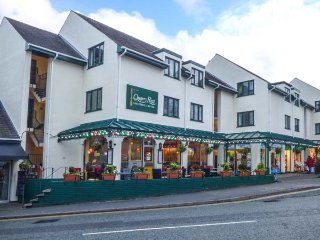 BELLE VIEW, first floor apartment, lovely views, in Bowness, Ref 948617