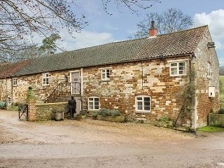CROXTON LODGE AND CURLEWS NEST, quality accommodation, en-suites, extensive grounds, Belvoir, near Grantham, Ref 946562