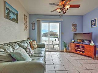 NEW! Canalfront 1BR Rockport Cottage w/Gulf Views!