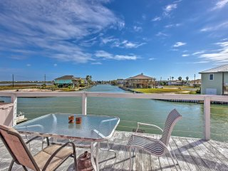 NEW! Waterfront 3BR Rockport House w/ Hot Tub