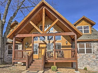 NEW! 4BR 'Frog's Hollow' Branson House Near Lake!