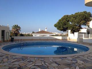 2 Bedr Design apart 2 min to beach swimmingpool, Praia da Rocha