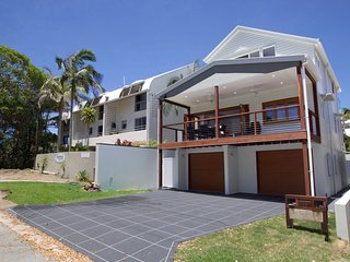 The Lake House Moffat Beach QLD 4551, Dicky Beach