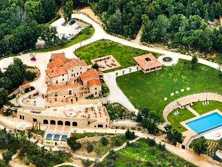 Villa Ferraia, Sleeps 16
