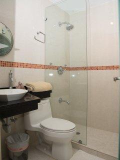 Full Bathroom for the fourth bedroom