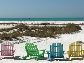 Wave Crest: 3BR Gulf-Front Beachfront Cottage