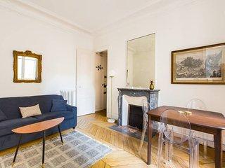 Charming flat at Parc Monceau w/ 1 bd for 4p