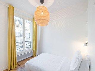 Charming & Luminous 2bd for 3p close to Montmartre, Paris