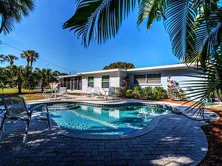 405 Bay Palms