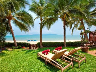 Beachfront - Villa Bougainvillea