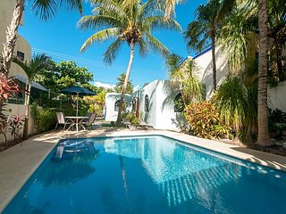 Cozy studio with all the extras. Fully equipped kitchen, TV, free wifi, pool., Puerto Morelos