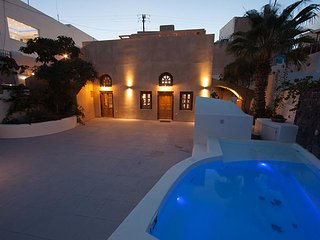 CASA SANTANTONIO - Family Apartment with outdoor Jacuzzi