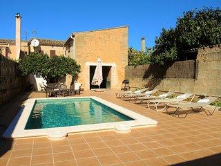 Amplia casa con piscina en Algaida - Casa Campet