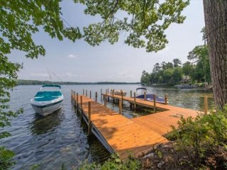 Luxury Waterfront in Moultonborough (BOY211Wf)