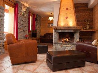 Montseti, luxury ski in-ski out apartment