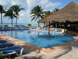 Nautibeach owner`s rental pool, Isla Mujeres