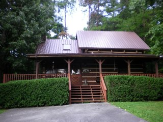 Lacey's Place 2 King BR, Pet Friendly, Great View, Sevierville