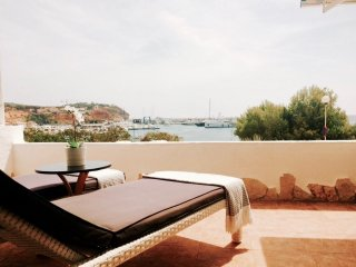 Sea View Flat in Port Adriano on the beach