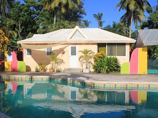 cozy house a 3-minute walk from the beach Las Ballenas