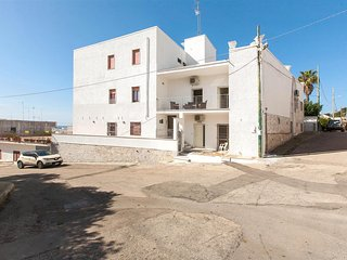 707 Apartment at 250 mt from the Beach of Santa Maria al Bagno