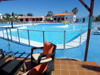 Luxury poolside bungalow, Caleta de Fuste