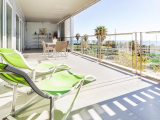 Family Beach Apartment, Barcelona