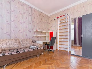 Cozy budget apartment in the center of St-Petersburg
