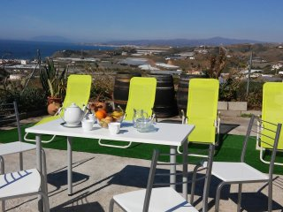 Fascinating sea and mountain views cottage, El Morche