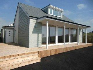 Poldare  - The Kiwi Beach House in a stunning coastal location