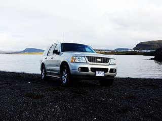 FORD EXPLORER SUV JEEP CAR RENTAL ICELAND 4X4 LUXURY TRAVEL