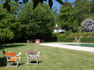 Quinta da Ribeira is a charming property dating back from 18th century., Guimarães