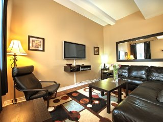 Junior Presidential Condo - 110 -  No Cleaning Fees Save up to $499