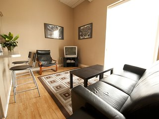 Superior 2 Condominium in Niagara Falls, Niagarafälle