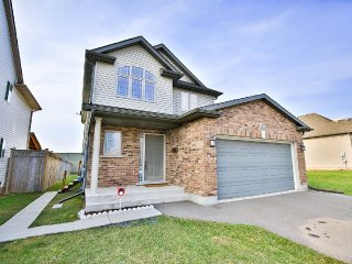 Fallsview Family Home