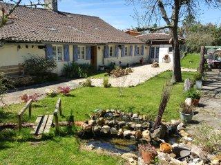 Lavender Farmhouse B&B, Douville