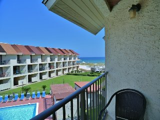 On the Beach, Gulfside TownHomes ~ Walk to town, Great Gulf View ~ 2 Balconies ~