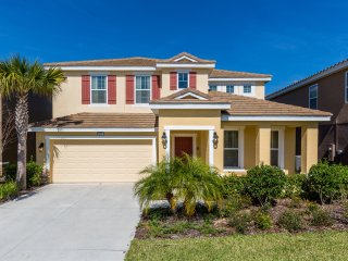 Luxurious House at Solterra Resort 10 minutes from Disney