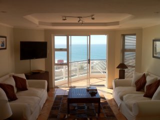 Brookes Hill Executive Apartment, Summerstrand