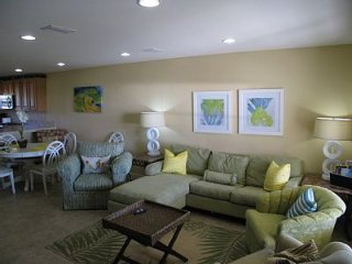 Pet Friendly! Direct Gulf View!*** Book Now!