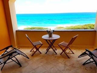 Wonderful Oceanfront Condo Isla Mujeres Rooftop pool breathtaking views