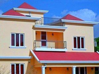 Villa Mauritius365 - Private Villa: Swimming Pool,Jacuzzi and WiFi